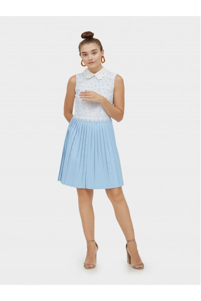 Lace Collar Pleated Dress